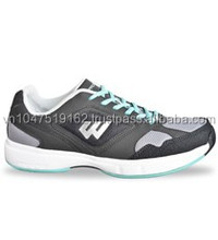 tenis or sport shoes for men